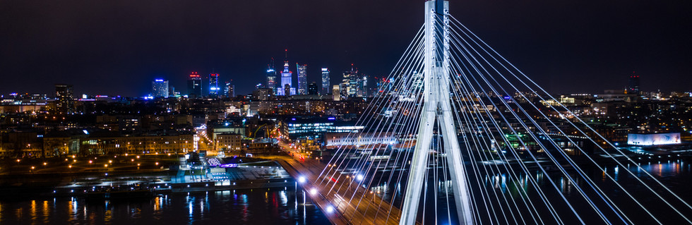 Most Świętokrzyski pod osłoną nocy