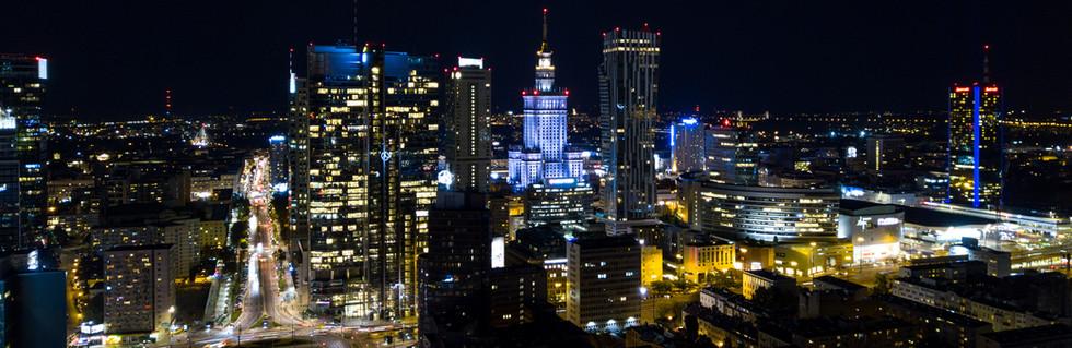 Rondo ONZ nocą