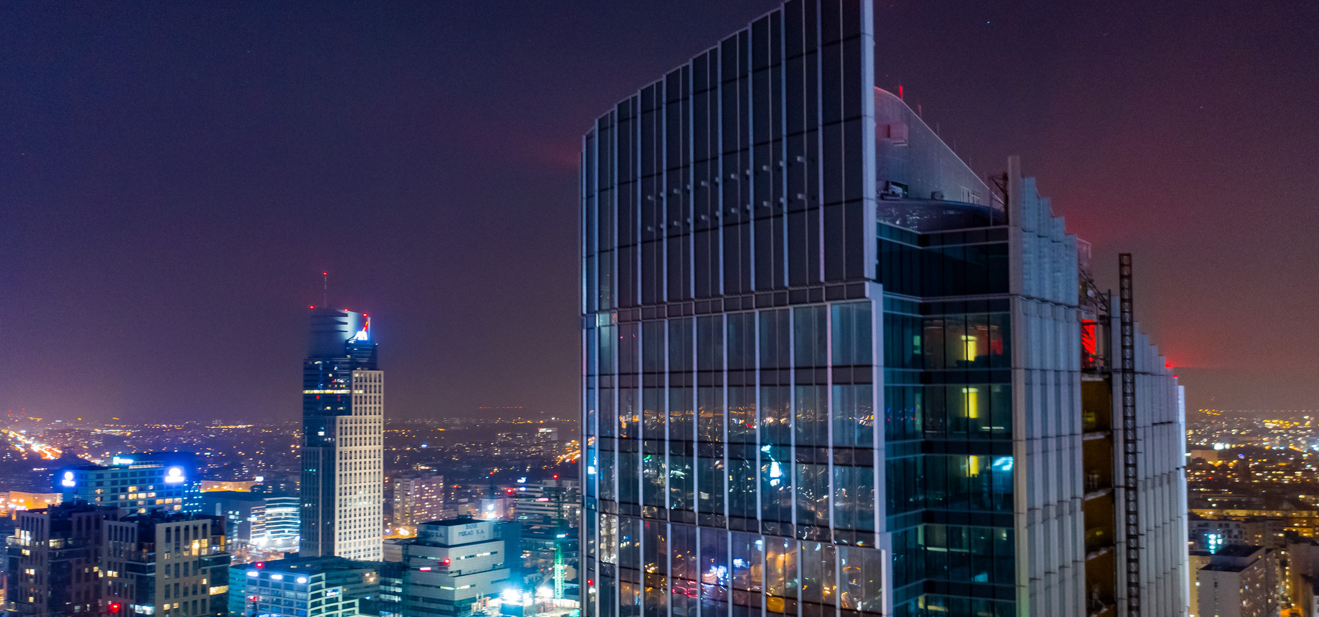 Nowy wieżowiec w Warszawie - Mennica Legacy