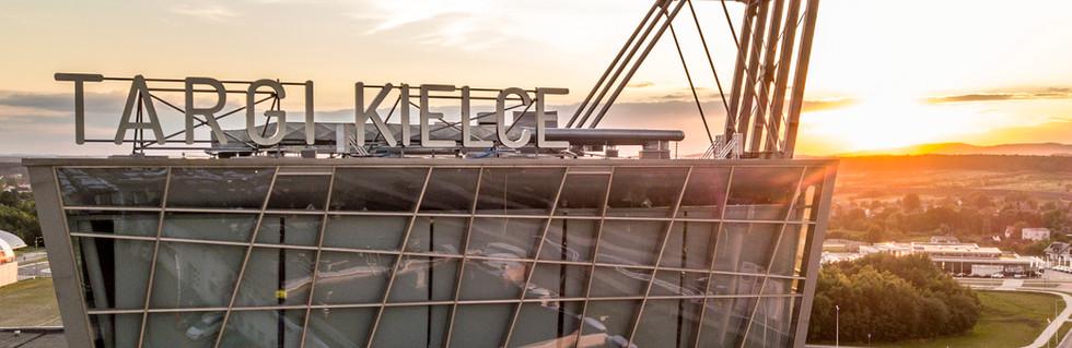 Wieża przy halach Targi Kielce