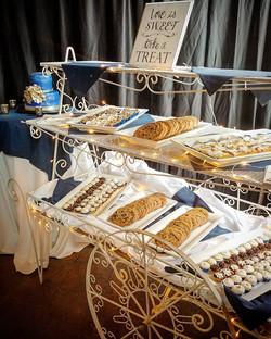 New dessert cart! _#weddinginspiration #