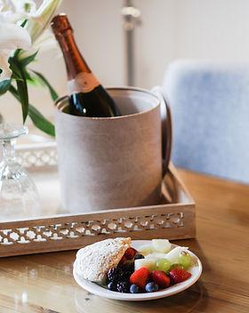 breakfast-champagne-hotel-6685.jpg