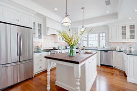 Maid services kitchen cleaning in Renton, WA