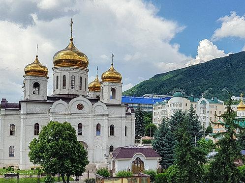 К мощам Блаженной Матроны Московской