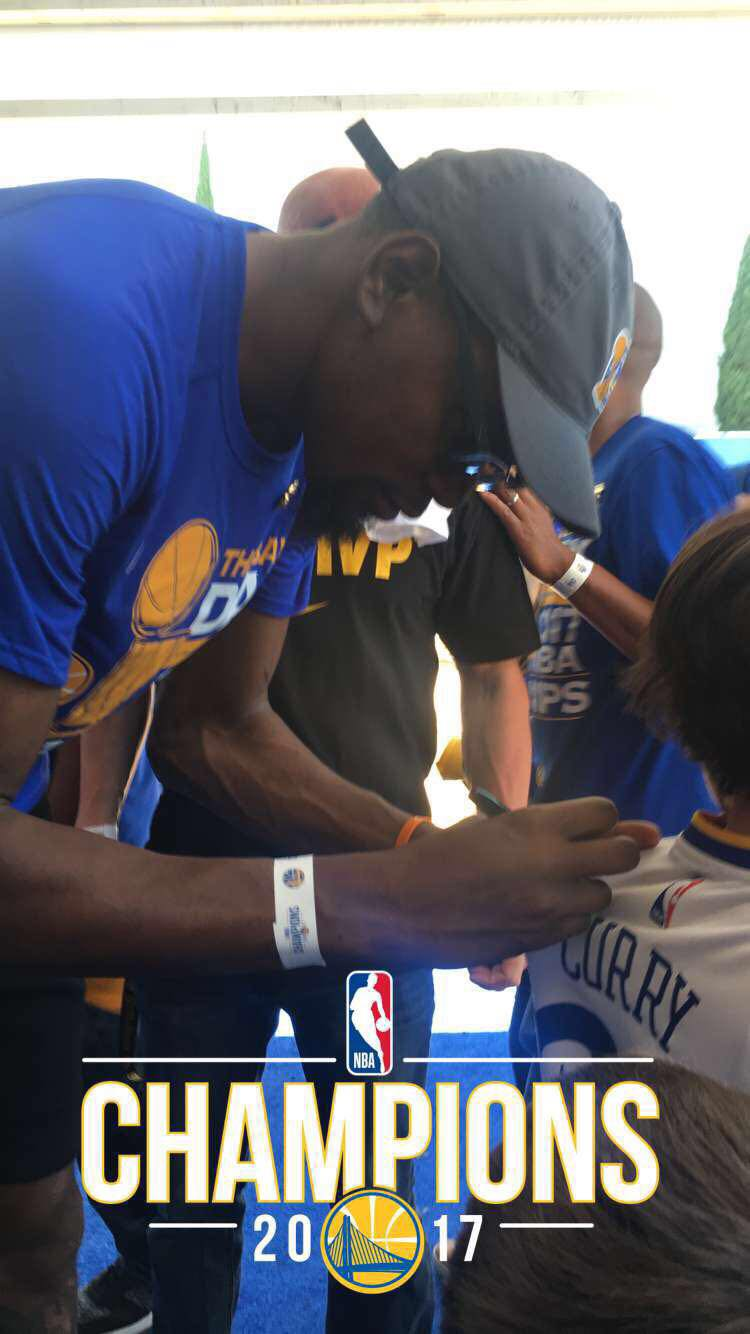Kevin Durant loves the fans.