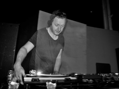 Warehouse party'n with Phil Kieran