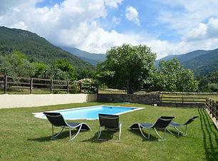 piscina con vistas a Gredos