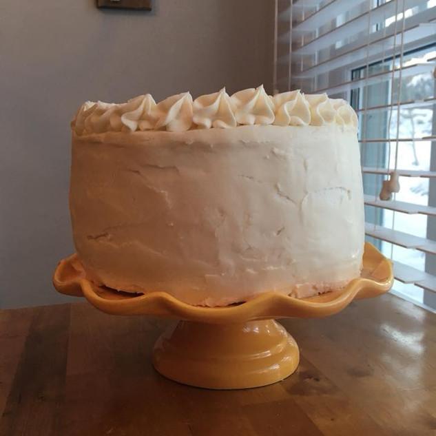 Vanilla Buttercream with Dulce De Leche Pastry Cream!