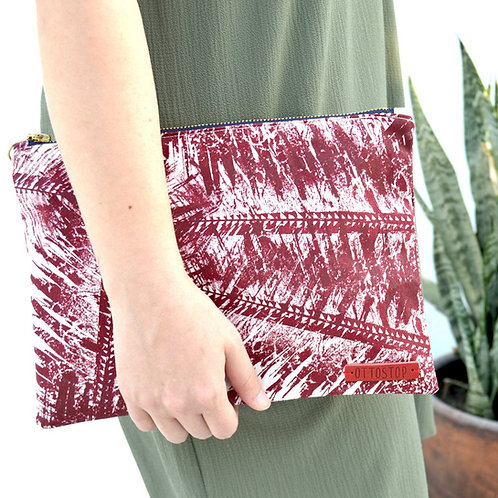 COCONUT PALM Linen Soft Clutch