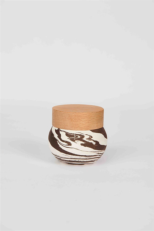VEZUV Candle Coffee & White