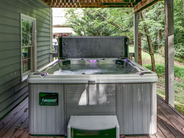 Jacuzzi on Lower Deck