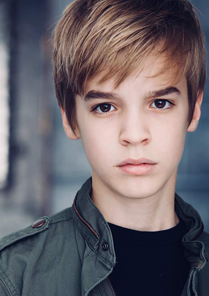Mitchell Wray (Boy)