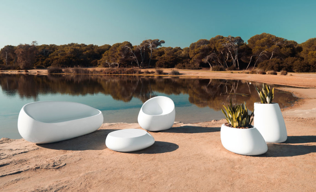 vondom-modern-outdoor-furniture-1024x623