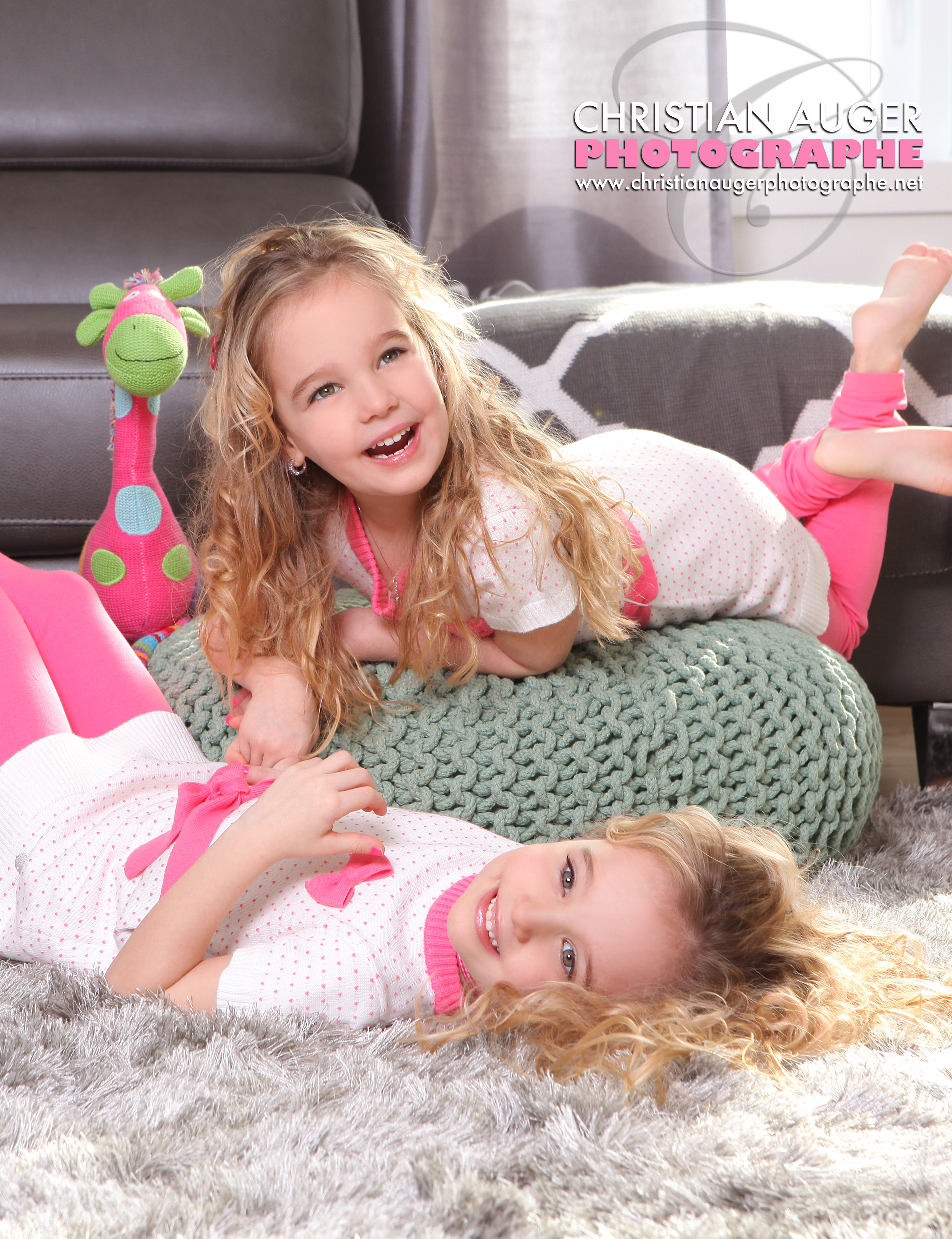 Liana et Olivia Cover MAG 2000