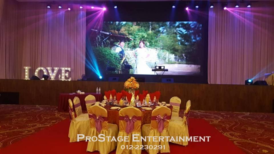 Photo slideshow on stage