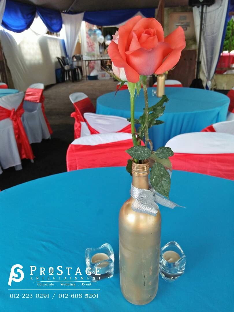 Real Rose centrepiece!