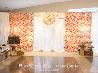 Flowery Theme Photobooth + Pink Colour Themed Reception and Photo Album Table
