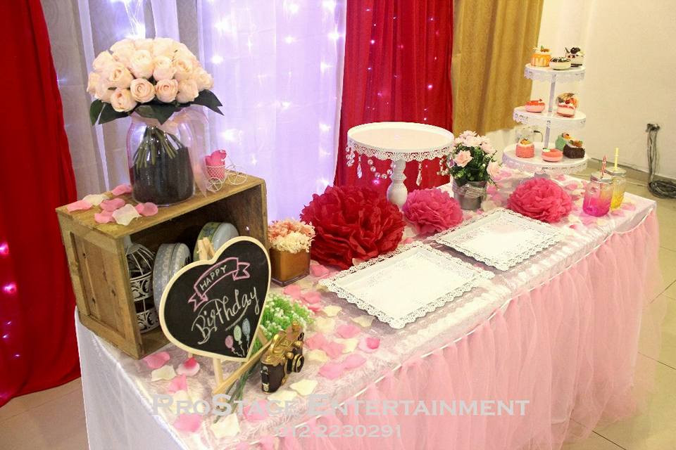 Items table for photo taking~