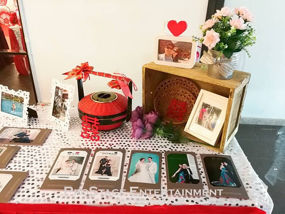 Photo Album Table cont.~ with mini chinese traditonal container
