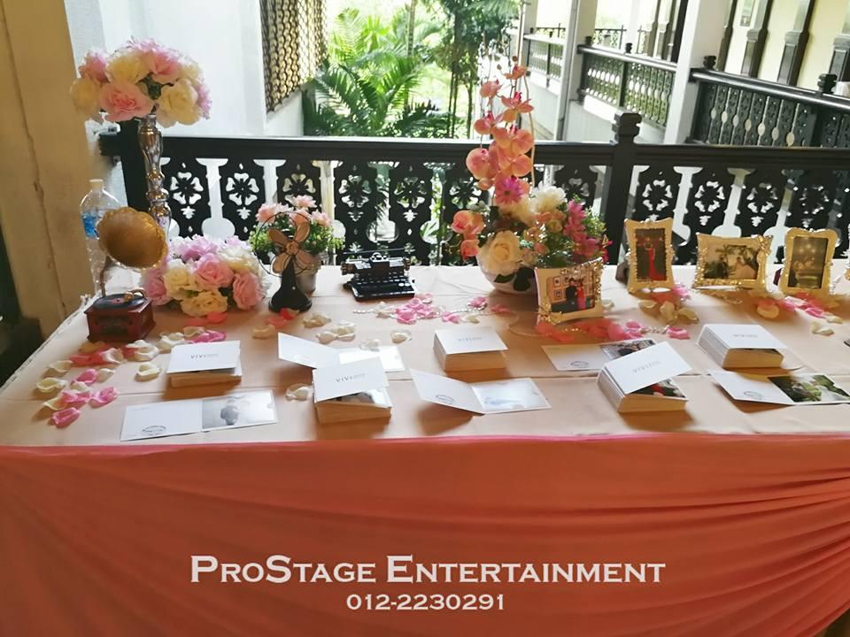 Photo table closeup