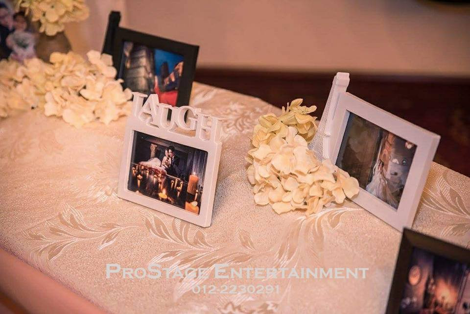 Photo Album Table cont~.