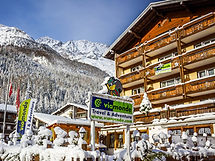 Hotel-Rodania-Winter-1.jpeg