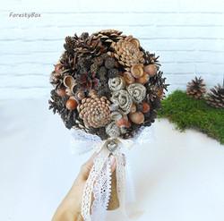 Pinecone Bouquet