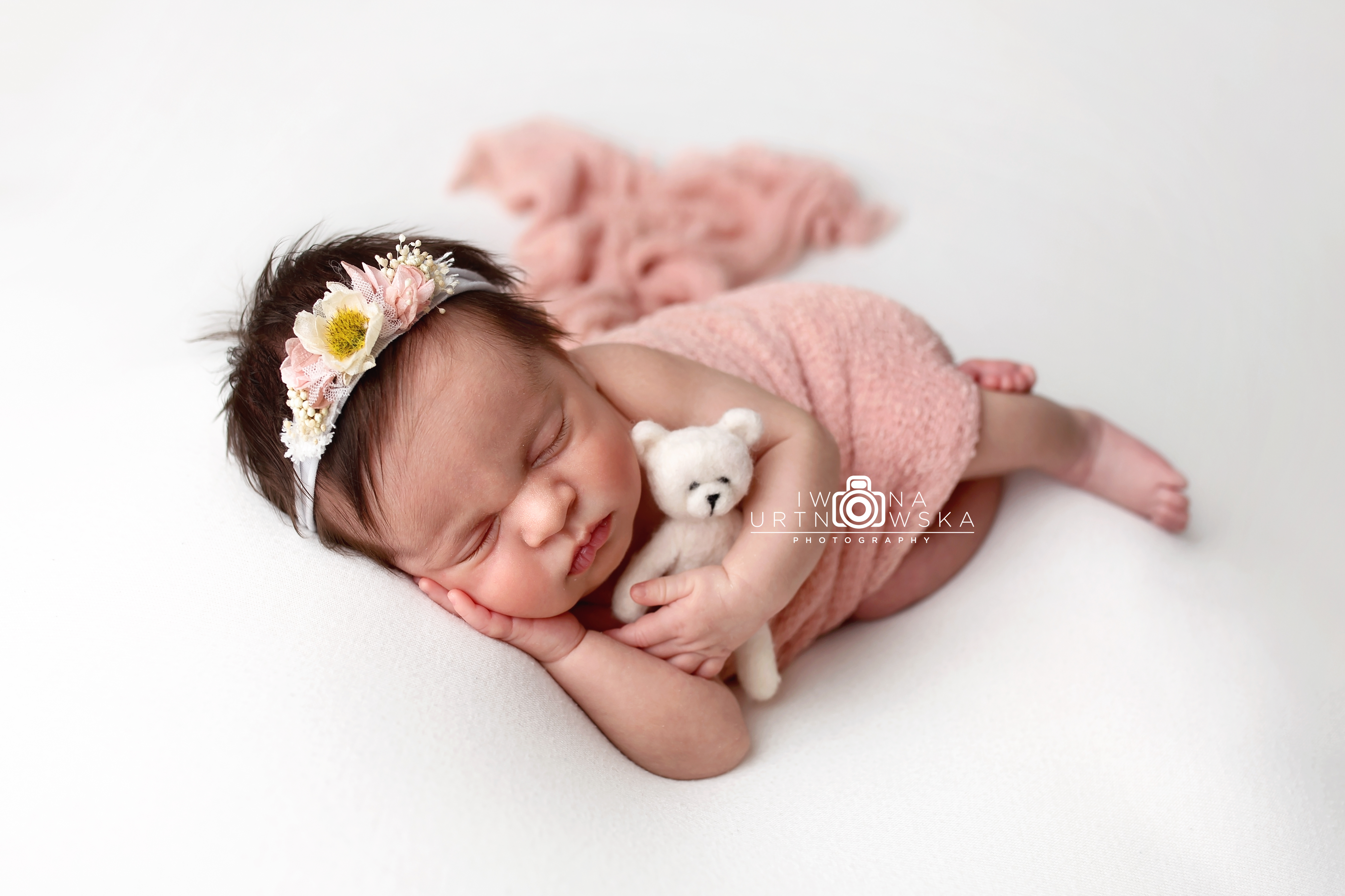 Newborn photo session Telford