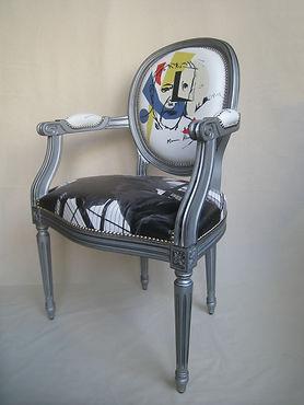 fauteuil medaillon ville 3_4.jpg