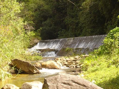 Represa da Hidroelétrica e o Rio das Cruzes