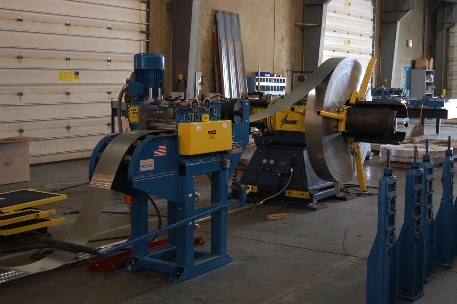 Strut Roll Forming Garage Door