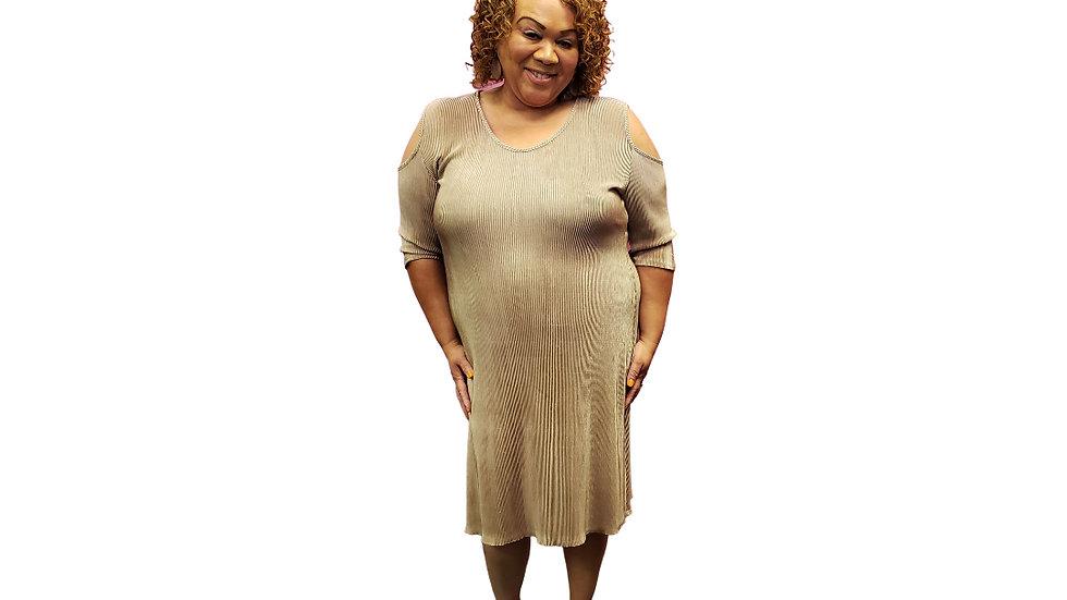 PRE- LOVED  2x  Pinc  Cold Shoulder Dress