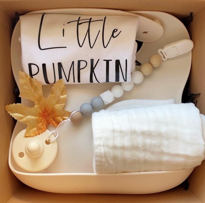 Little pumpkin newborn giftbox