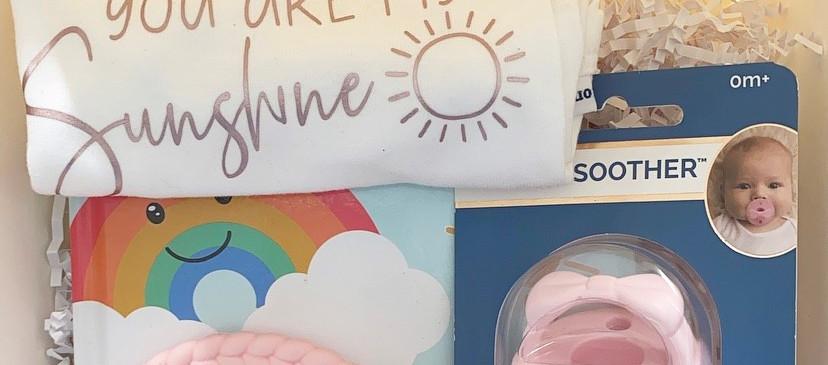 Rainbow newborn giftbox