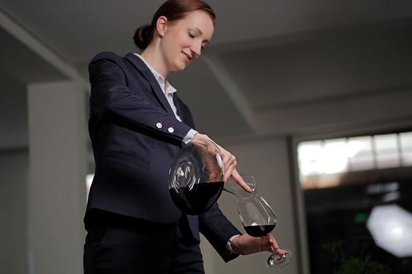 Laura Menges Heidelberg Sommelier buchen Weinprobe Event