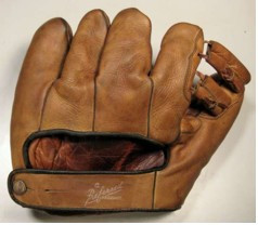 Goldsmith Glove