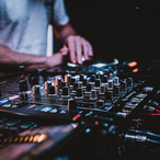 THE HOUSE THAT HOUSE BUILT - HOUSE MUSIC & ITS POPULAR SUB-GENRES