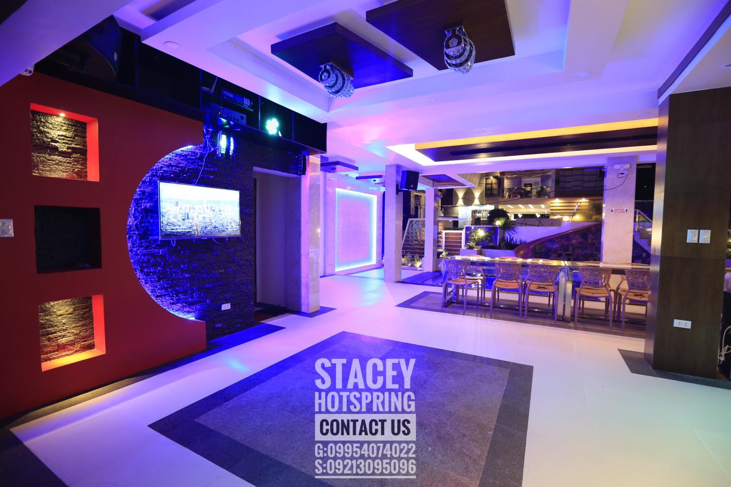 Stacey 35