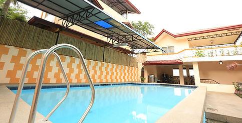 Private Pool in Laguna