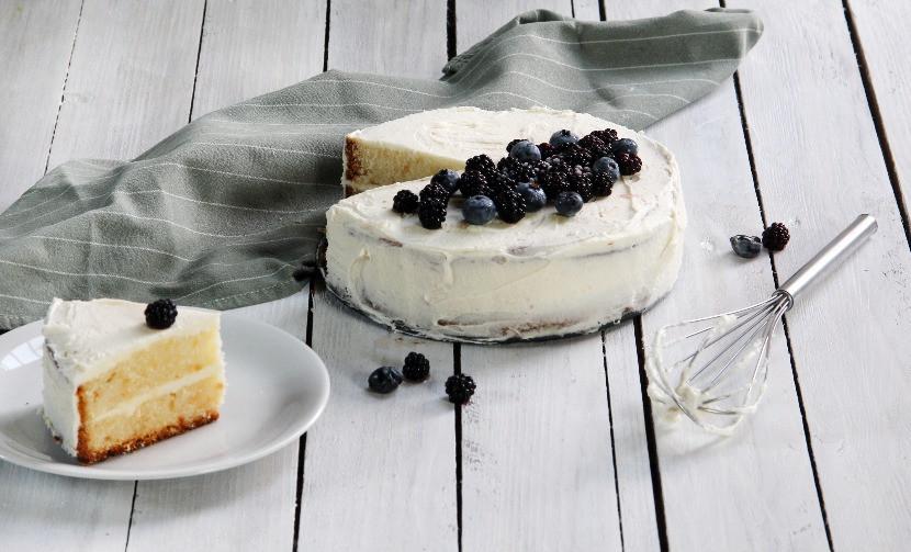 vanilla buttercream cake recipe easy and quick