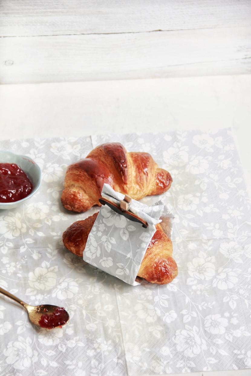delicious french croissants recipe