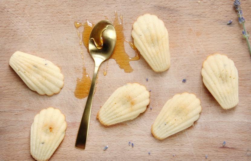 Easy madeleines recipe