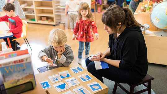 Bend Montessori Branding 2018-119-700w.j
