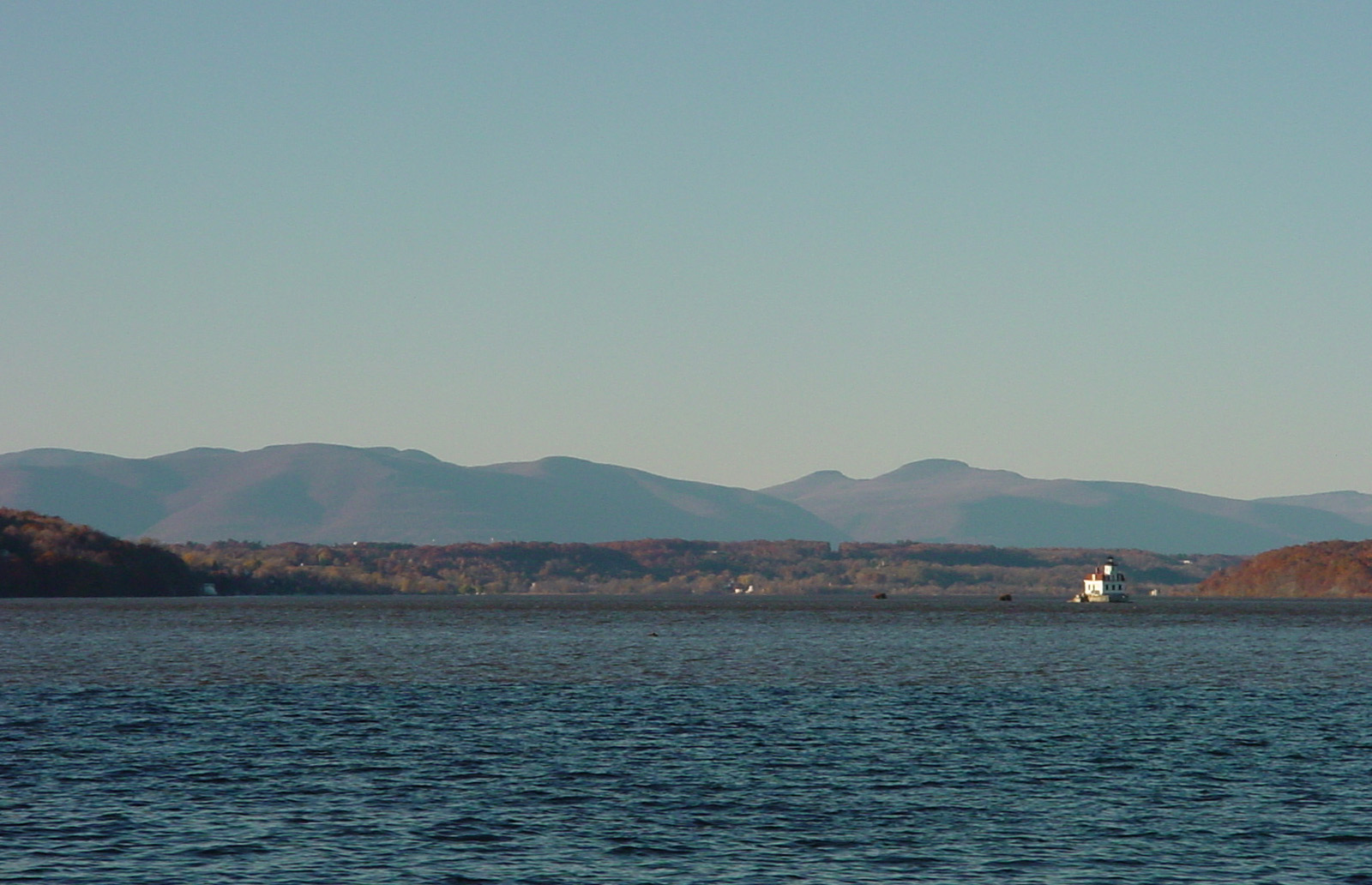 Racing on Hudson, Catskills view