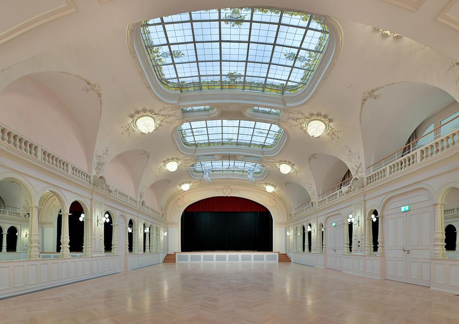 KSE_Kursaal_1.jpg