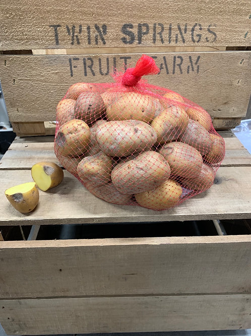 Potatoes: small yellow flesh Potatoes  second quality (4 lbs)