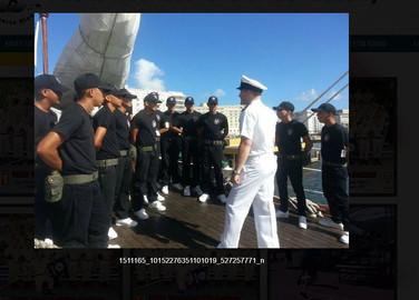 Visita a Barco Navy