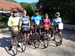 Aussie cyclists