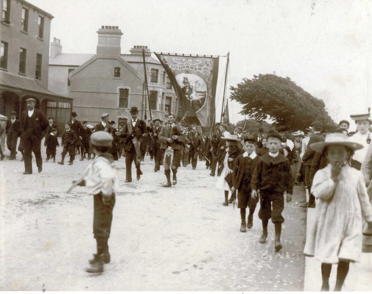 William Robertson leading LOL 357 1920's