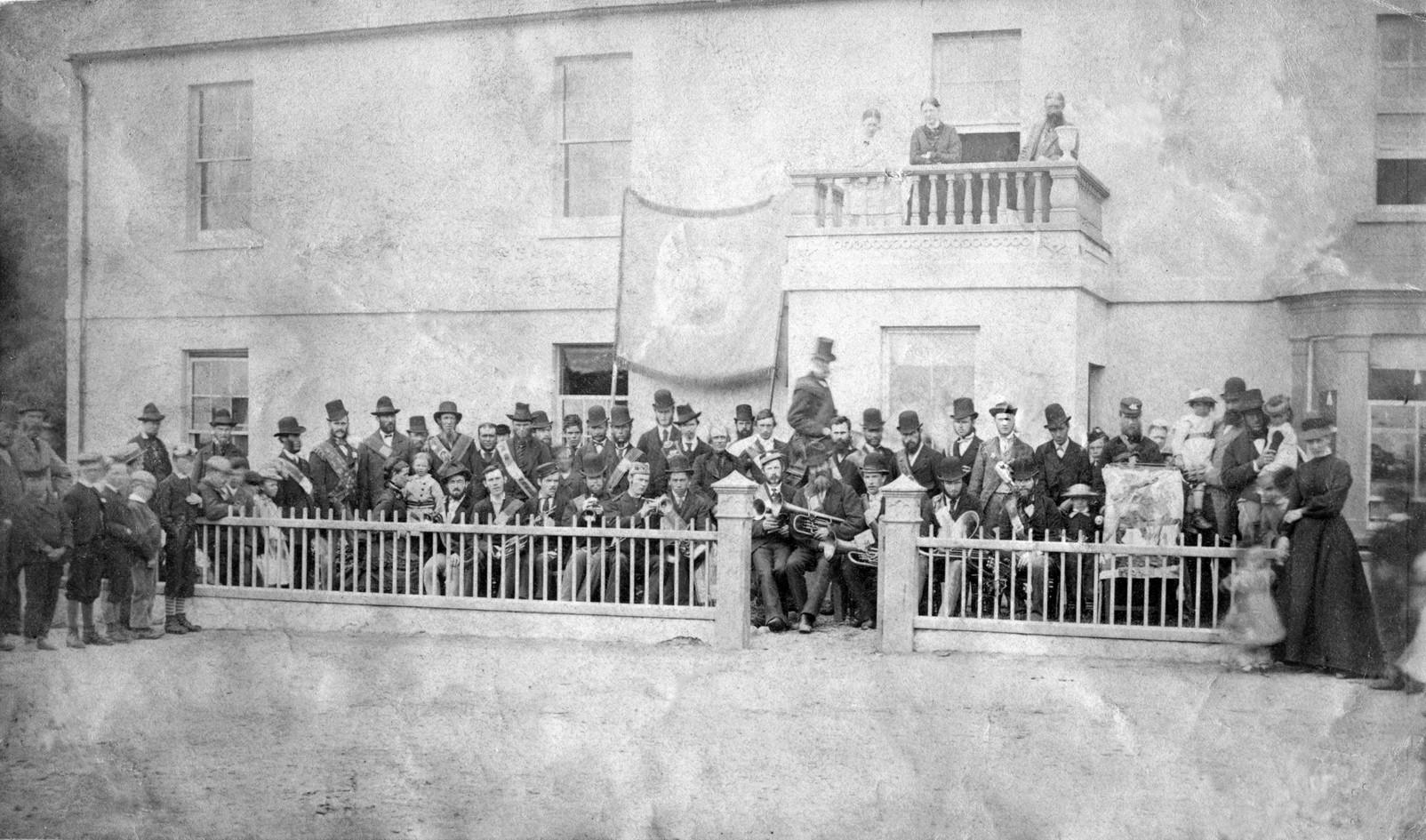 Newcastle Brass Band and LOL357 .jpg